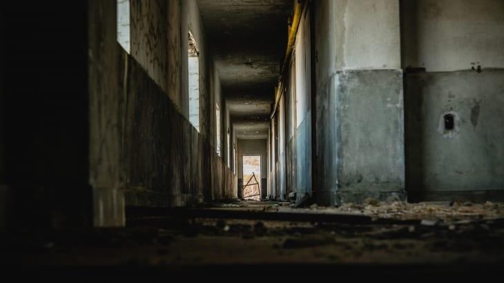 学校の自殺者の霊
