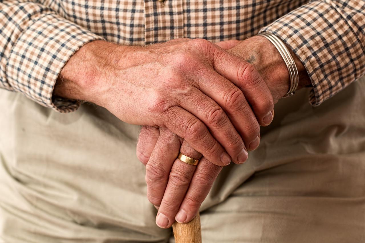 【秋田県】祖父は挨拶をしてからあの世へ旅立った恐怖体験