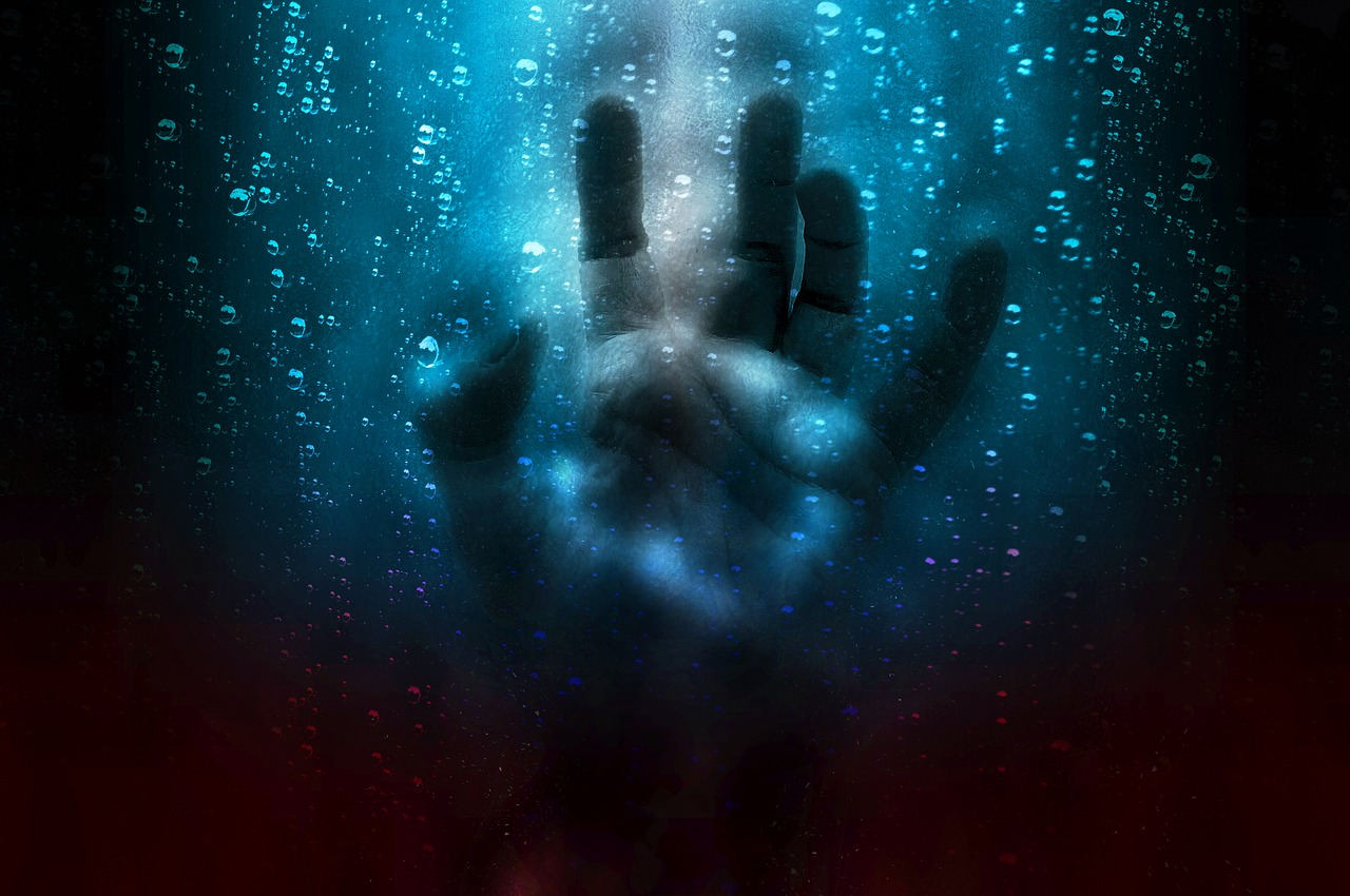 【福井県】霊感が強く霊が当たり前の彼が体験した本当の怖い話