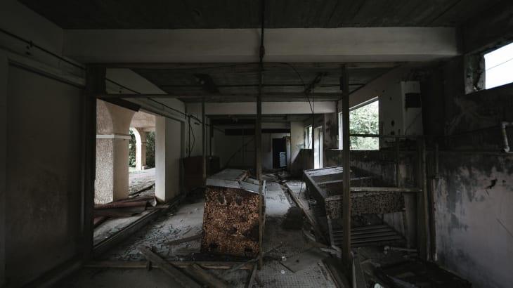 神奈川県厚木市の廃病院で!現れてしまった女性の霊