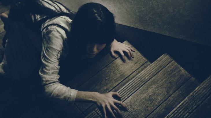 初めて住んだアパートで!あの男性の幽霊は自殺者だった?