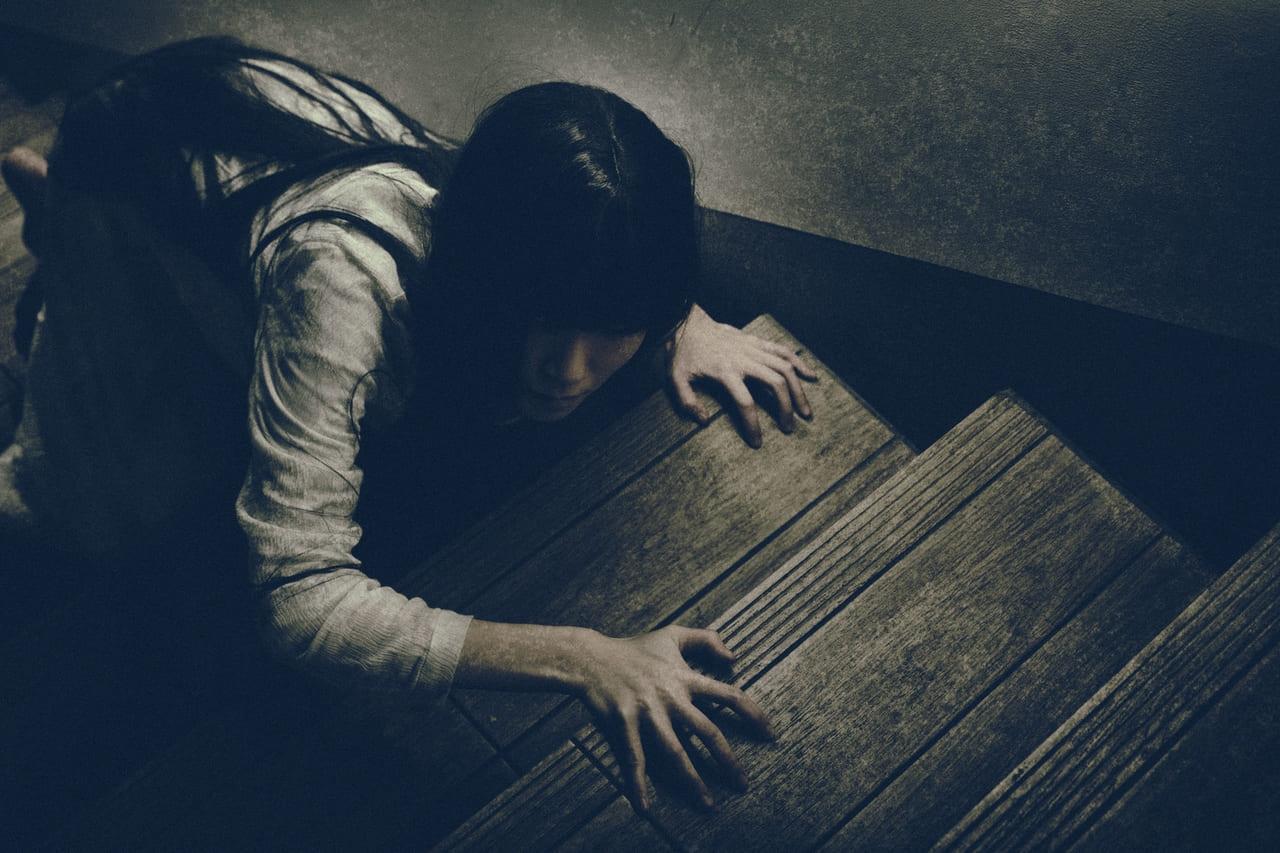 初めて住んだアパートで!あの男性の心霊は自殺者だった?