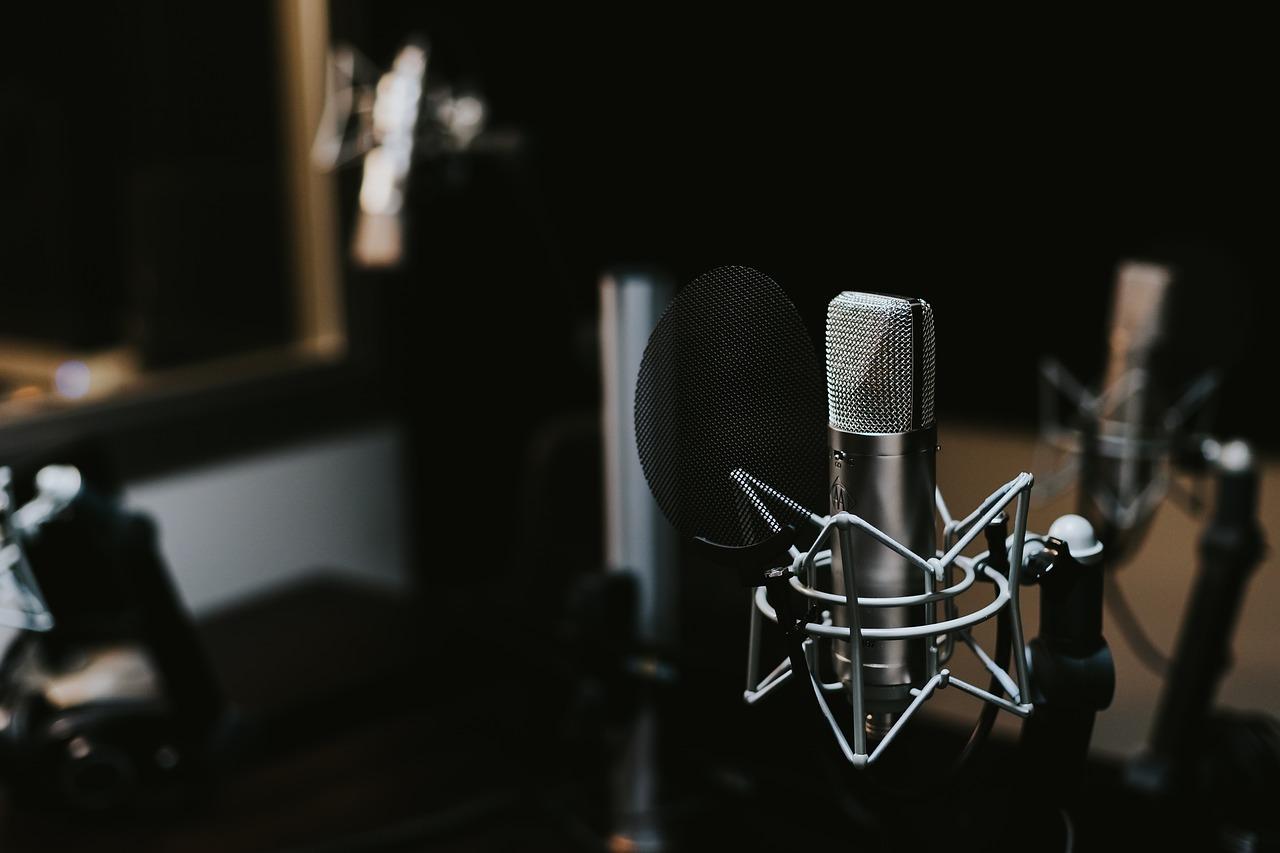 バンド練習中のスタジオでボーカルとは違う人の声が入る恐怖体験