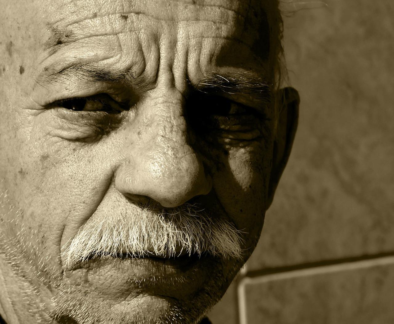 草加市松原団地!団地の空き室で見たおじいさんの幽霊
