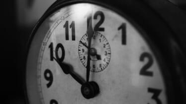 【曾祖母の霊】伯父宅にて夜中に玄関チャイムが何度も鳴る。いったい誰が?